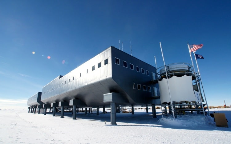 The Amundsen–Scott South Pole Station
