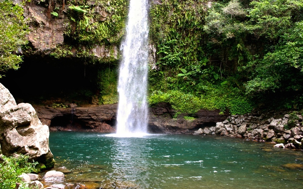 5 best hiking trails in the south pacific atlas boots