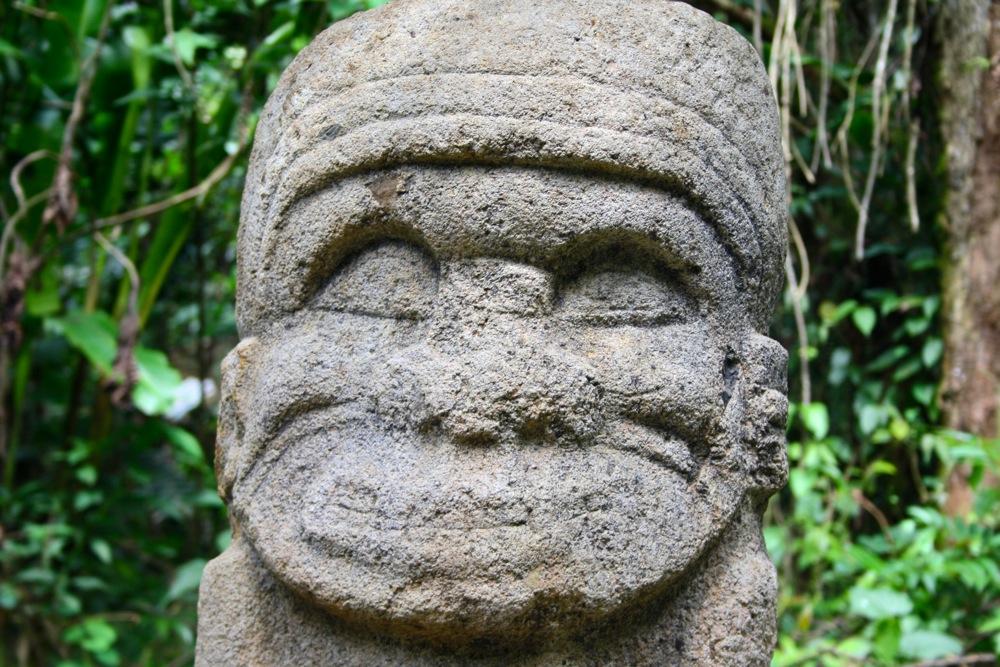 san agustin statue