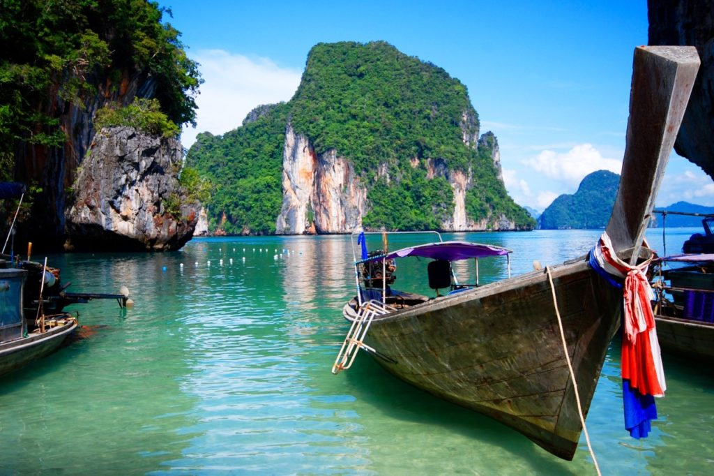 Hardest language to learn: Thai boats