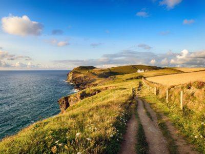 long-distance hiking trails coast path england