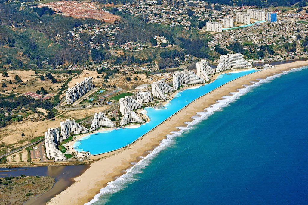 15 interesting facts about chile atlas boots for Largest swimming pool in the us