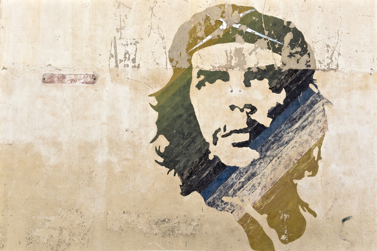 facts about argentina Che Guevara was born in Rosario, Argentina