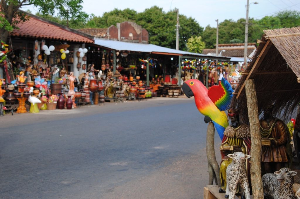 Crafts and ceramics, Areguá, Paraguay