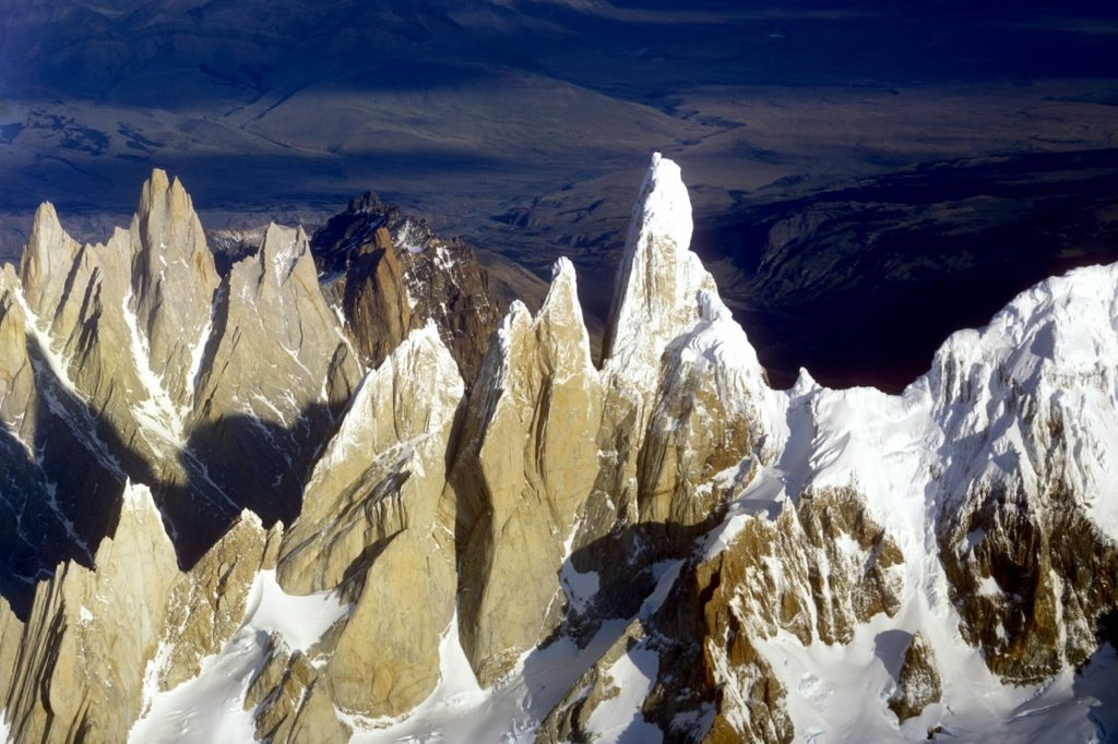 Mountaineering-calendar-fitz-roy