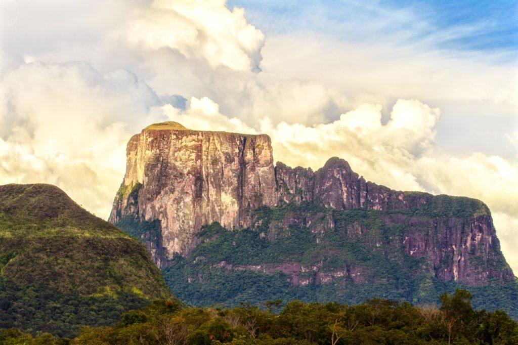 best big wall climbing: cerro autana