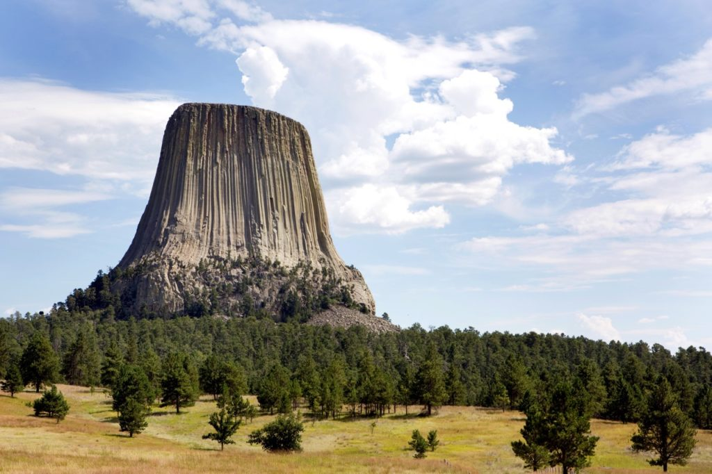 us-national-parks-devils tower