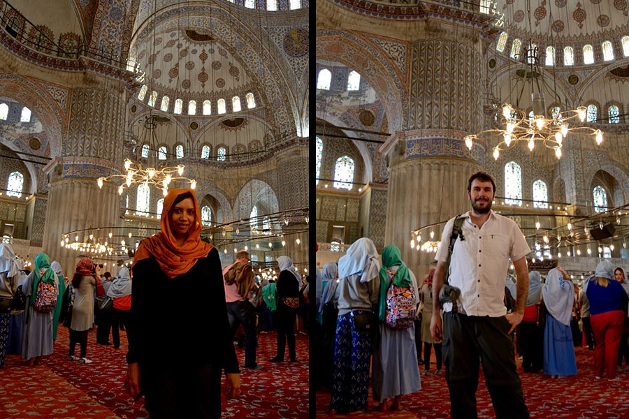 Blue-mosque-dress-code-and-tips-dress-inside-2