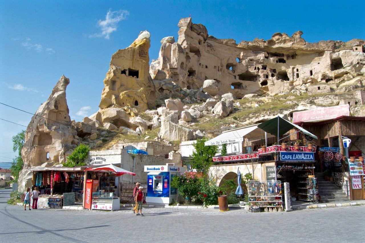 Cappadocia hikes - 8 rose valley Çavuşin 2