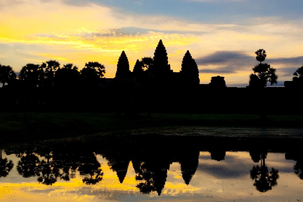 best time to visit Angkor Wat: sunrise