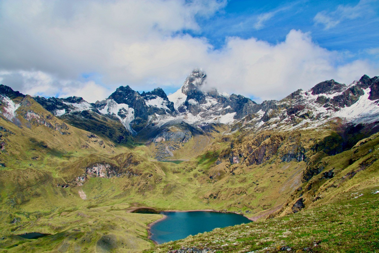 best-countries-for-hiking-new-zealand-lakes-and-mountains