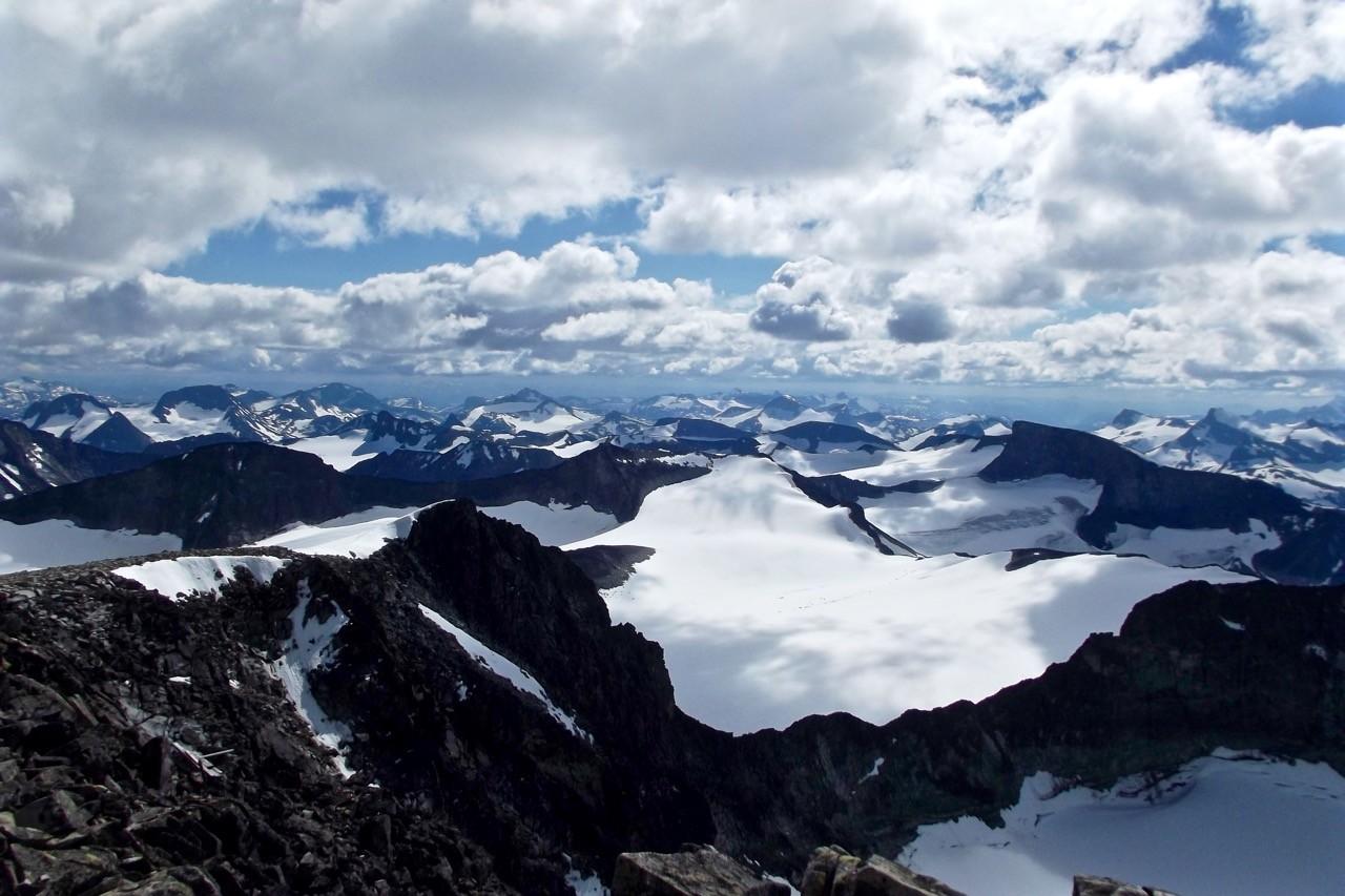 Climbing Galdhøpiggen in Jotunheimen National Park Norway - summit 2