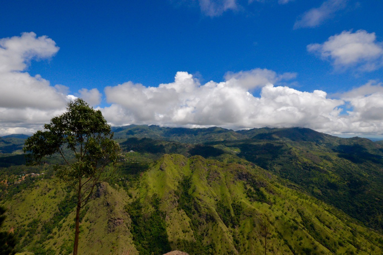 Hiking trails around Ella Sri Lanka - Ella Rock