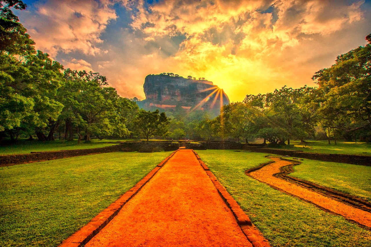 How To Organise Your Home Sigiriya Rock Fortress 7 Tips For Visiting Atlas Amp Boots