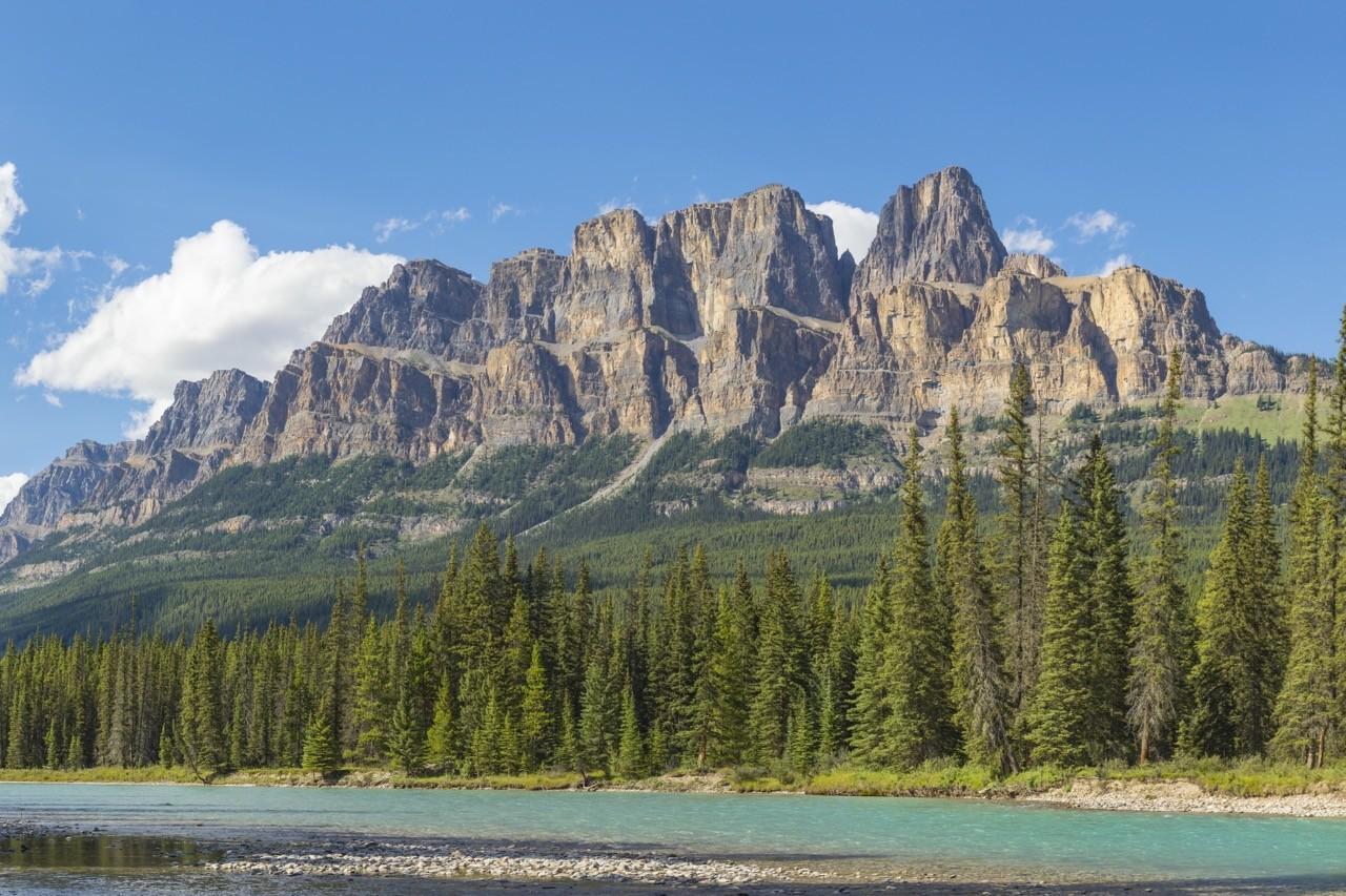 Controversial mountain names - castle