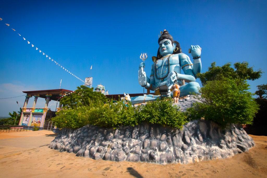 Things-to-do-in-Trincomalee-Sri-Lanka-koneswaram-temple