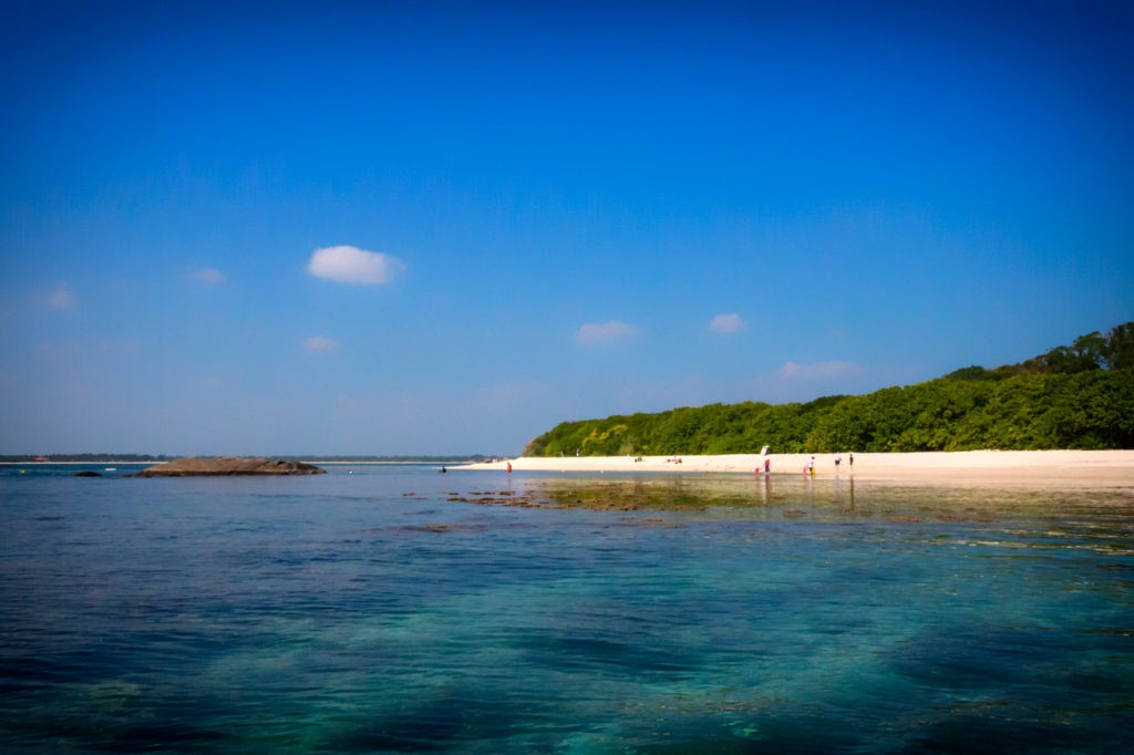 Things-to-do-in-Trincomalee-Sri-Lanka-pigeon-island