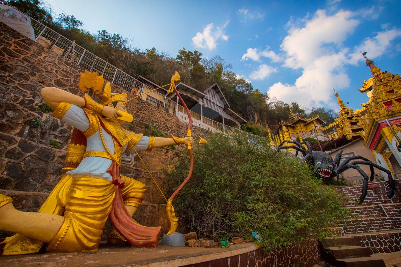 Shwe-U-Min-Natural-Cave-Pagoda-20