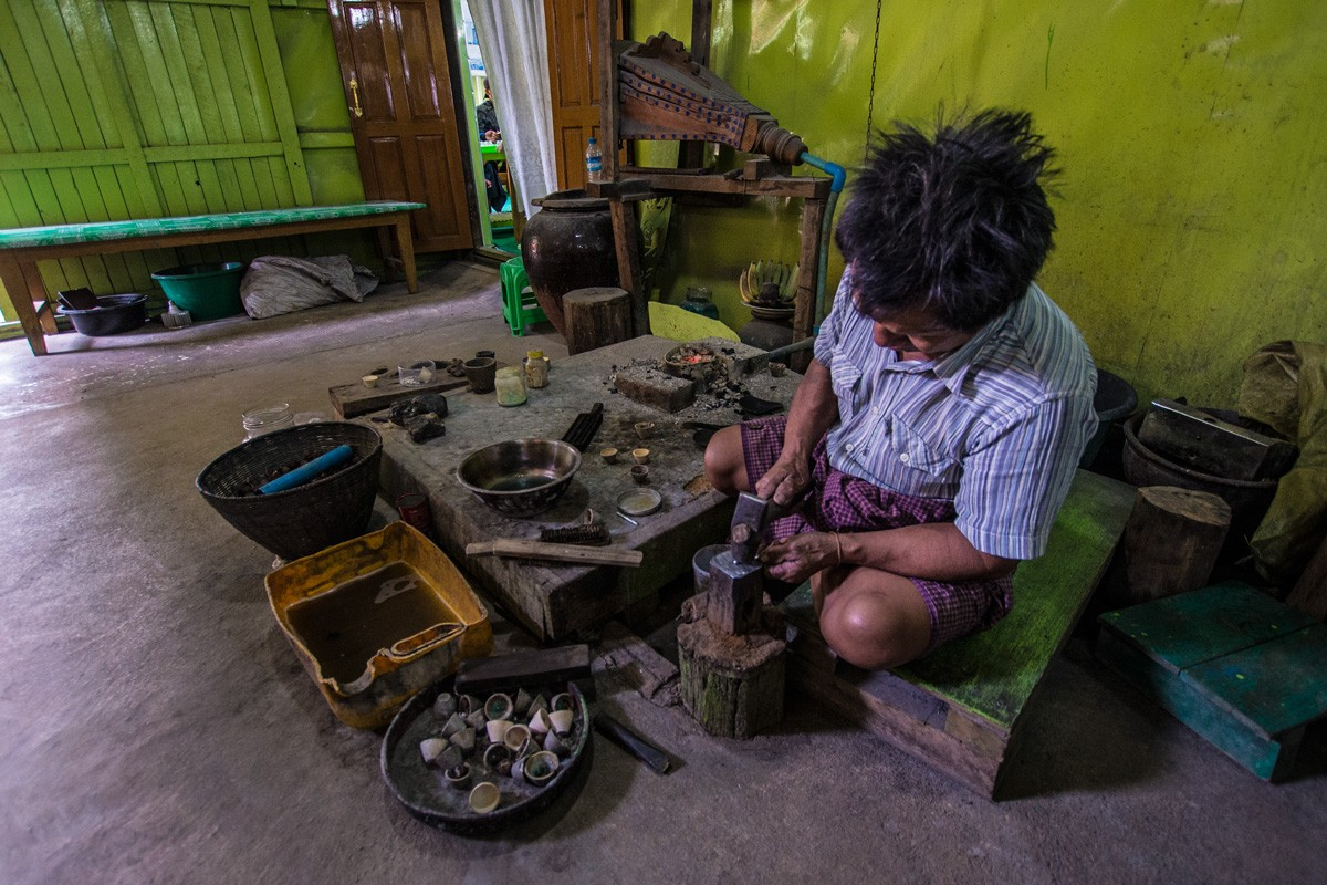 Mya Hintha silversmith workshop