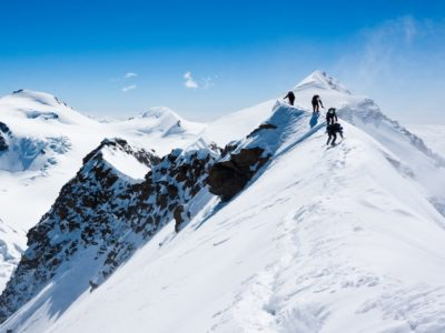 mountain etiquette lead