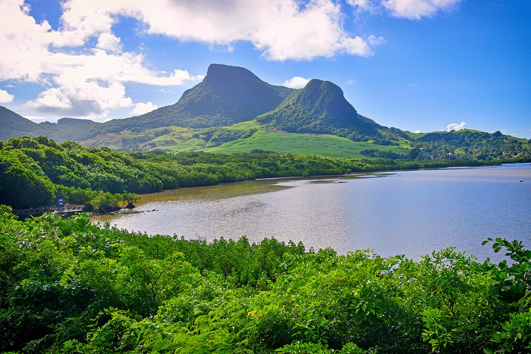 hiking in mauritius-Lion-Mountain