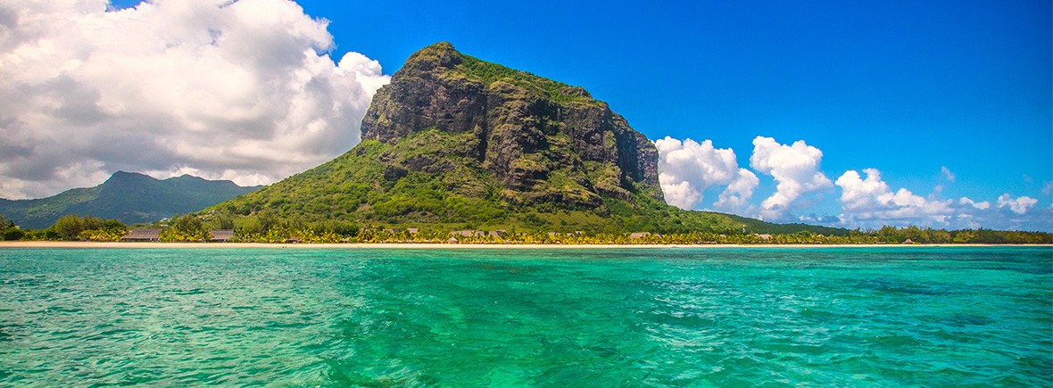 hiking-le-morne-brabant-mauritius-featimg-2
