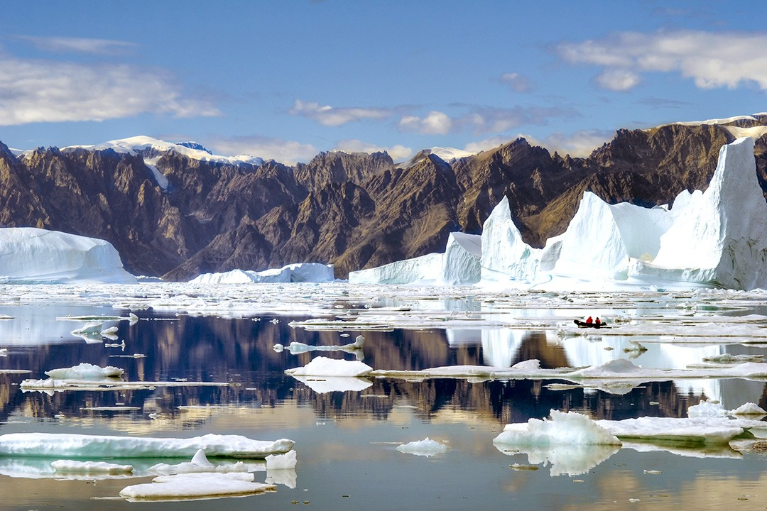 adventure sailing holidays-greenland