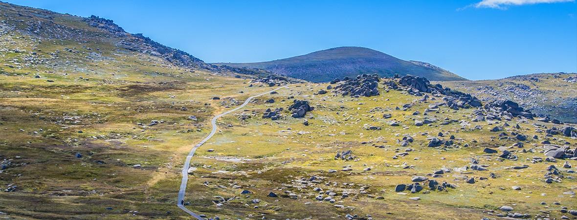 Climbing Mount Kosciuszko Australia featimg 1