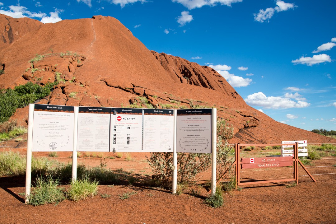 Climbing Uluru Australia sign