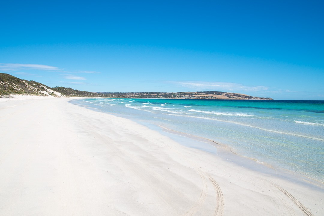 The white sands of Emu Bay