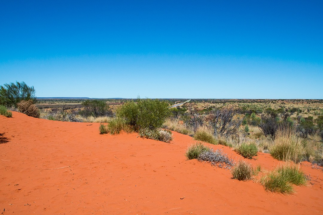 Australia's 'red centre' on the way to Uluru