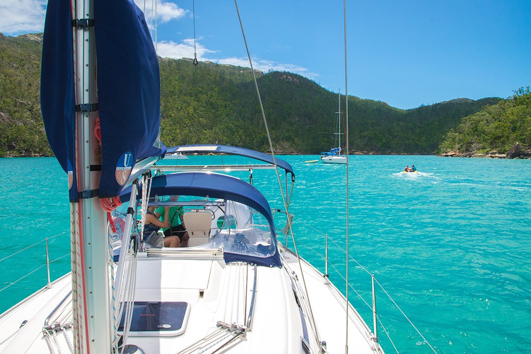 Sailing the Whitsunday Islands from Airlie Beach 14