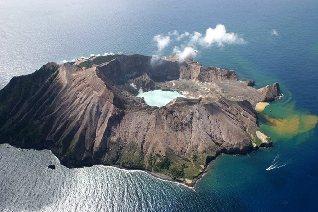 New Zealand's volcanic White Island: interesting facts about New Zealand