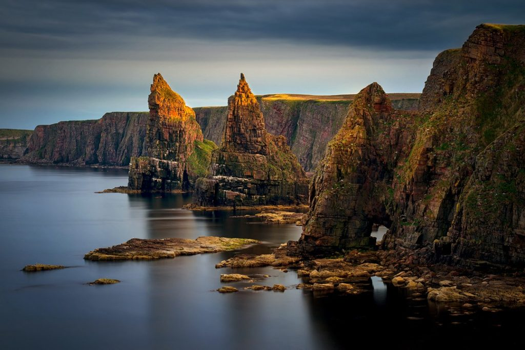 The striking Duncansby Stacks, natural wonders in the uk