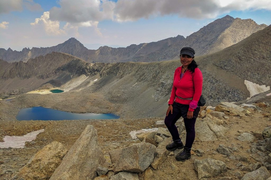 solo hiking tips for women by Marinel