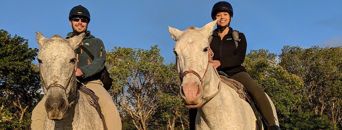 Horese riding in Monteverde Costa Rica featimg