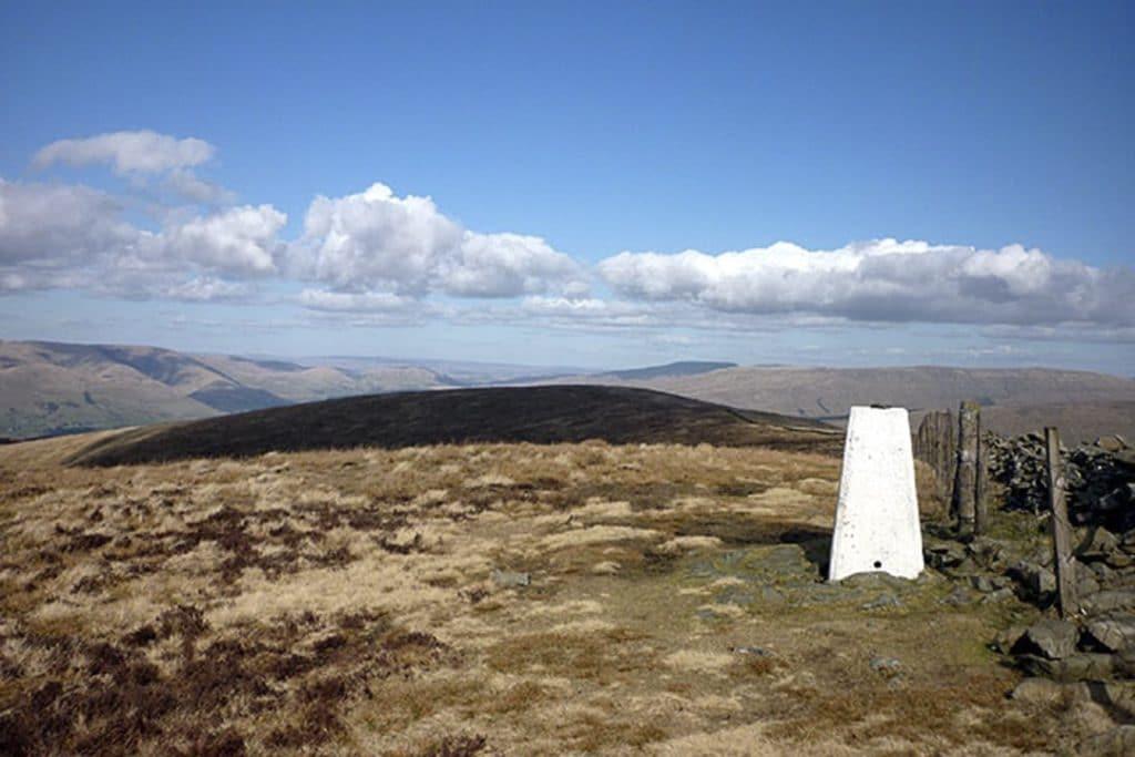 Highest-mountains-in-the-Yorkshire-Dales-calf-top-1024x683 ▷ Las montañas más altas en los valles de Yorkshire