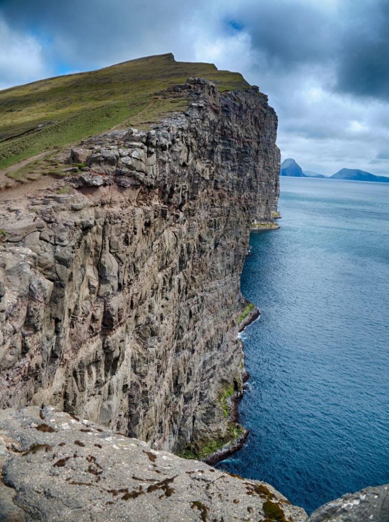 Фарерские острова 6 лучших походов на Фарерских островах best hikes in the faroe islands lake 3 763x1024