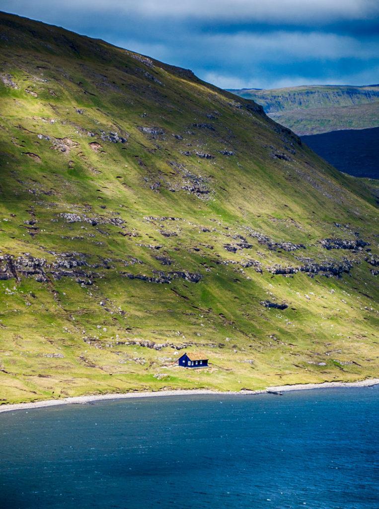 Фарерские острова 6 лучших походов на Фарерских островах best hikes in the faroe islands lake 4 763x1024