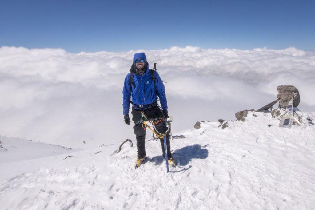how to choose a waterproof jacket elbrus summit