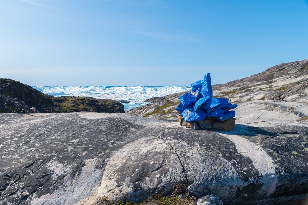 Hiking around Ilulissat blue route marker