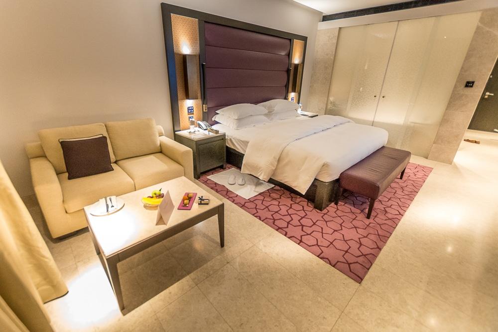 Отель Кемпински предлагает хорошую альтернативу Дубаи Лучшие развлечения в Маскате Лучшие развлечения в Маскате: 9 достопримечательностей, которые нужно посетить oman muscat kempinski hotel 2