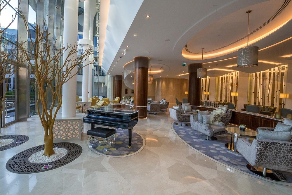 Лучшие развлечения в Маскате Лучшие развлечения в Маскате: 9 достопримечательностей, которые нужно посетить oman muscat kempinski hotel 6