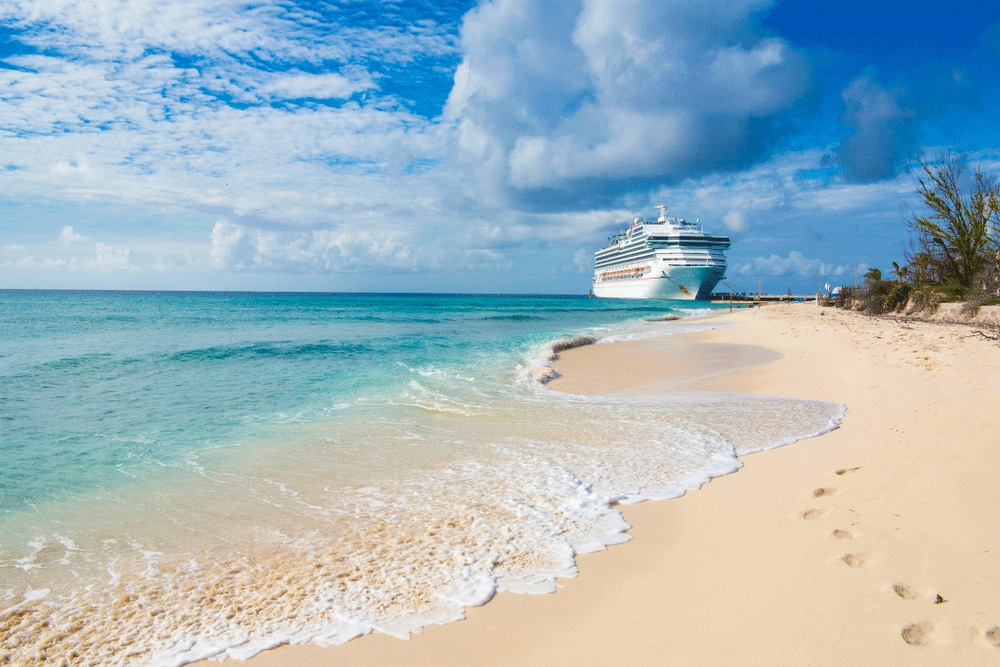 interesting facts about the bahamas: cruise ship