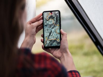 best-hiking-apps-2021-lead-image