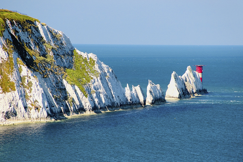 The chalk stacks of the Needles: natural wonders in the uk