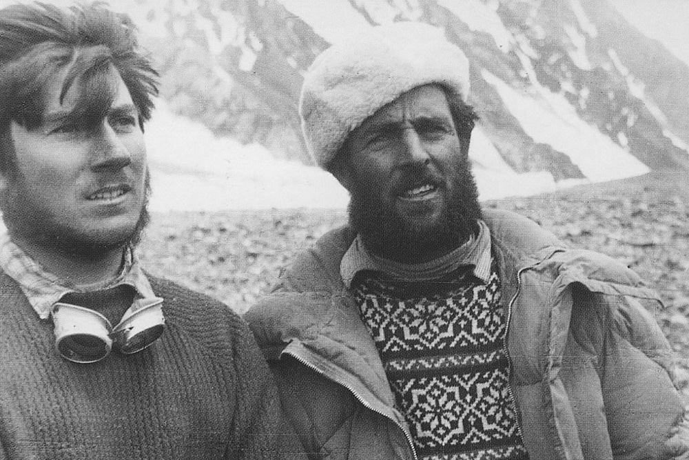 Walter Bonatti (left) and fellow mountaineer Erich Abram at K2 Base Camp