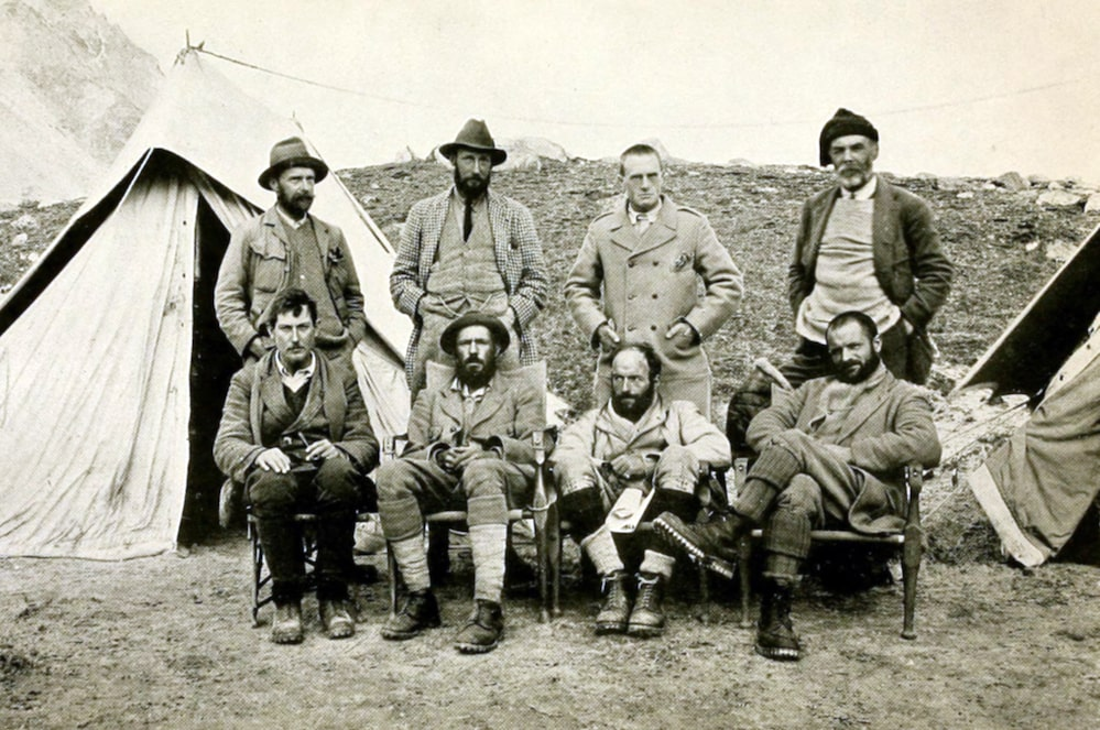 Members of the 1921 Everest expedition
