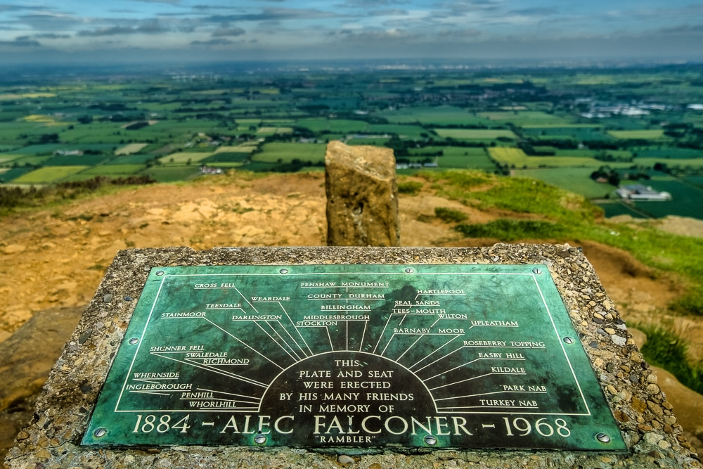 A sign at the summit of Cringle Moor in the North York Moors